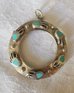 Lovely Sterling Silver Unusual Turquoise Circle Pendant