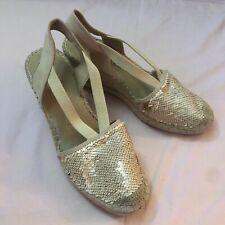 Anne Klein Women Abbey Fabric Espadrille Wedge Sandal Gold/Cream Size 8.5
