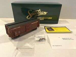 "BACHMANN SPECTRUM TRAINS -PENNSYLVANIA LIVESTOCK CAR-NARROW GAUGE ""ON30""  #27514"