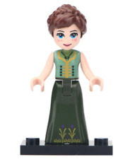 Anna from frozen in green dress  minifigure (Brand New)