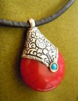 Traumhafter tibetischer Tribal Anhänger - Amulett mit Koralle & Silber
