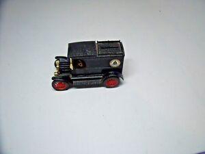 ERTL American Telephone & Telegraph 1913 Ford Model T Van Bank W/Key