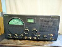 Vintage Hallicrafters Model S-40 B Receiver Radio