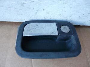 KENWORTH W900  EXTERIOR DRIVER LEFT SIDE DOOR HANDLE