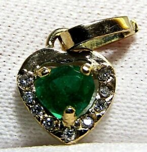 Natural Emerald and Diamond Heart Pendant in 18k Solid Gold