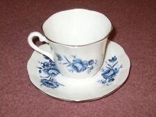 Elizabethan Fine Bone China England Tea Cup & Saucer White Blue Flowers