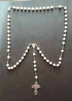 Sacro Rosario con pietre bianche con Crocifisso filigranato e perlina rossa 183