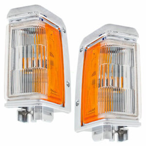 Set of Side Park Signal Marker Lights - Chrome Trim for 93-95 Nissan Pathfinder
