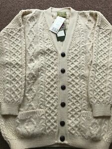 Traditional 100% British Wool Aran Cardigan Chunky Cable Knit V-Neck Pockets