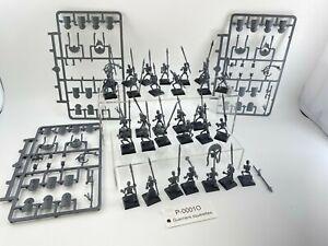 0001O Warhammer FB Rois des tombes  Guerriers squelettes Plastique  skeleton war