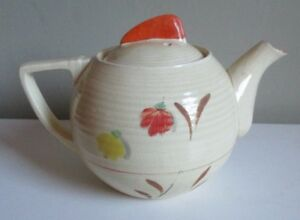 Art Deco vintage teapot with hand-painted decoration Price Bros 1920-30s #S3