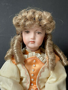 Vintage Reproduction of Antique German/ French (?) Mechanical Doll Music Box