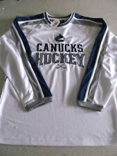 Vancouver Canucks Hockey Jersey Mens Medium NHL NEW With Tags