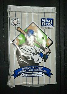 AUTHENTIC SKYBOX AA BASEBALL CARDS (PRE ROOKIE 92)