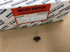 313SX5-T MICROSWITCH, Switch Snap Action N.O./N.C. SPDT, 1A 0.31N