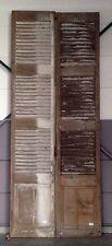 paire de volets à barrettes à encadrements en chêne massif . XIX siècle .