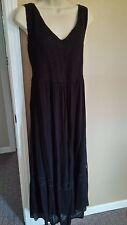 Avenue smocked gauze elastic bust dress with full skirt. Size 22/24 3X NWOT