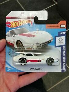 Hot wheels TOYOTA 2000 GT white short card 2020