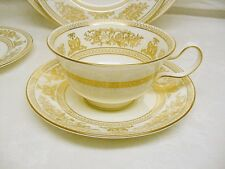 Dinner Service for 12 +/- Wedgwood Columbia Gold, Set of White and Gold China