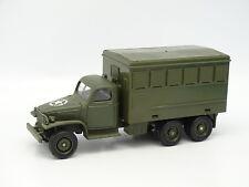 Solido Militar Ejército 1/50 - GMC Camioneta Celular B