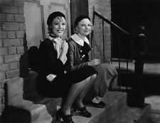 Loretta Young and Una Merkel UNSIGNED photo - H7746 - Midnight Mary