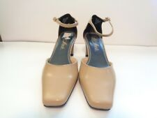 36ac889fd9e New Life Stride Sophie Tan Women s Heels Size 9M