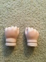 Lot of 2 pair 4 in L x 1 3//4 in w Doll Porcelain Hands or Santa Hands