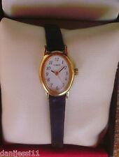 Reloj para señora/ mujer marca Timex, correa de piel color negro