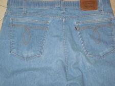 VINTAGE LEVIS USA LIGHT BLUE DENIM JEANS 36 X 30 RELAXED FIT Antique brown tab