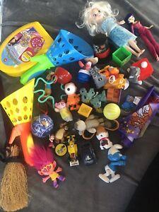 Spielzeug Set Konvolut Paket Gastgeschenke Geburtstag Figuren