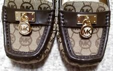 Gorgeous MICHAEL KORS Brown Beige LOGO Women's Size 9 Loafers Shoes