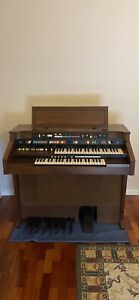 Hammond Aurora Classic Organ