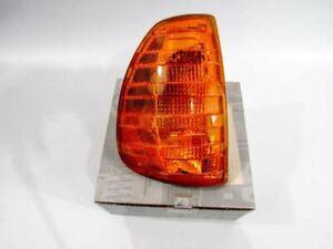 Turn Signal Lamp Right Light fits 77-85 Mercedes W123 300D 300CD TD NEW GENUINE