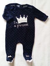 26eedeb2d2d28 Pyjama velours noir couronne argentée