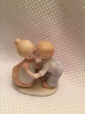 Homco 1991 Circle of Friends First Kiss Boy w/Hat & Girl w/Ponytail Kissing Love