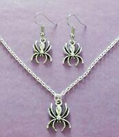 Color Plata Araña Charm Conjunto de Collar y Pendientes - Nuevo