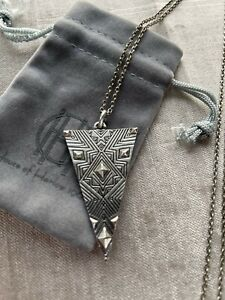 House of Harlow 1960 Pendant - Pre-owned Authentic