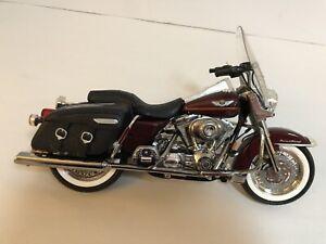 Harley-Davidson 2003 Road King Classic Series 5 1:10 Die Cast VT4367