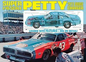 MPC 1:16 Richard Petty 1973 Dodge Charger, #R2MPC938