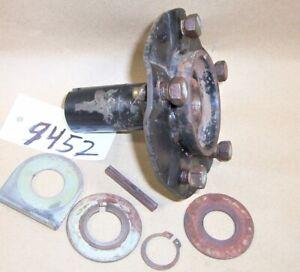 John Deere Rear WHEEL HUB AM127758 & Washers GX255 GT225 GT235 GT245