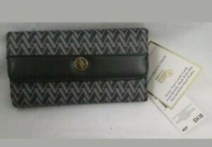 Adrienne Vittadini Womens Fold Out Wallet Black + Grey Av Chevron NIB (E185-H)
