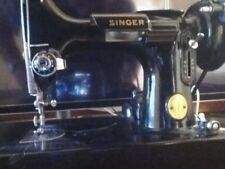 1946 SINGER 221 SCROLL FACE FEATHERWEIGHT SEWING MACHINE A G 858121