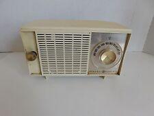 Vintage 1960s General Electric AM Tube Radio Model T-127B Antique White