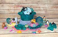 Vintage Littlest Pet Shop 1995 SeaWorld Splash Zone Deluxe Playset Shamu