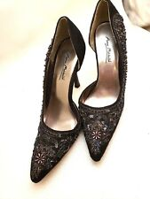 Suede Beaded  Pointy Toe Heel Pump side cut out Anne Mitchello Size 7.5