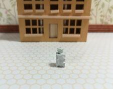 Dollhouse Miniature 1:144 Scale Vintage Style White Kitchen Fridge Micro Minis