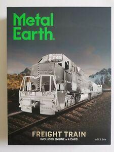 Metal Earth Freight Train Gift Set