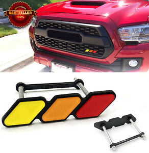 Red Retro Racing Liveries Tri-colors Style Badge Emblem For Toyota Lexus Grille