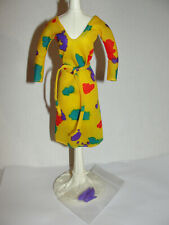 Superstar Barbie Fashion Collectible #1900 Yellow Print Dress & Shoes