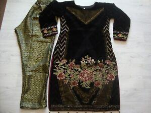 Agha Noor salwar kameez  Velvet Suit  Full  Embroidered  NEW for 2021 2pc